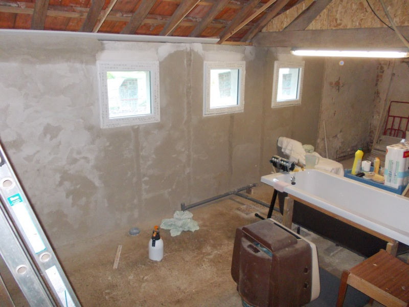 The lime render for the bathroom walls