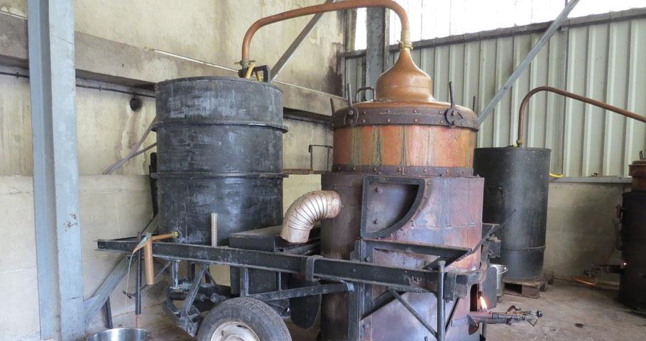 Mobile distillery